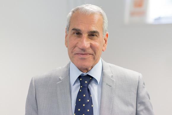 Dr Omar Aziz MBChB, DRMO, MSc, MD